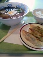 Ramen_gyouza_rice_set_gakushoku