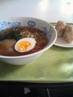 Ramen_onigiri_gakushoku