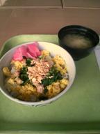 Sake_soboro_don_gakushoku_080710