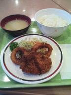Currykorokke_ikaring_set_gakushoku330yen